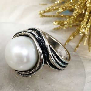 Didae Israel Pearl Ring Organically Sculpted Sze 7